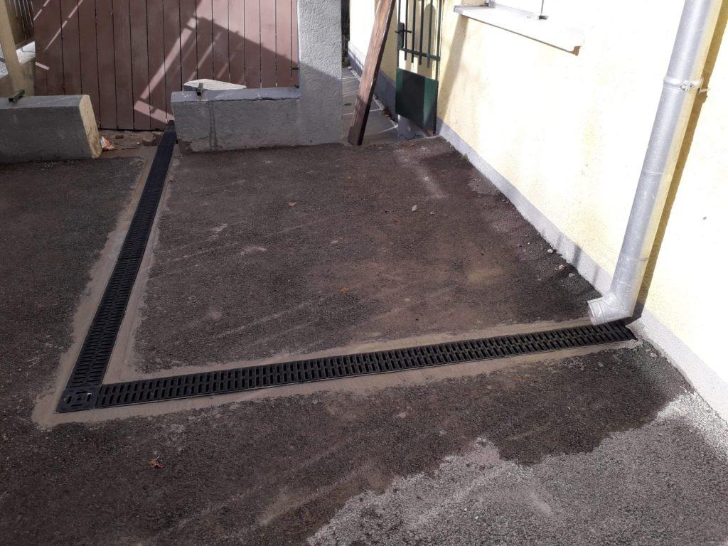 Rezanje asfalta i ugradnja kanalica za odvod kišnice